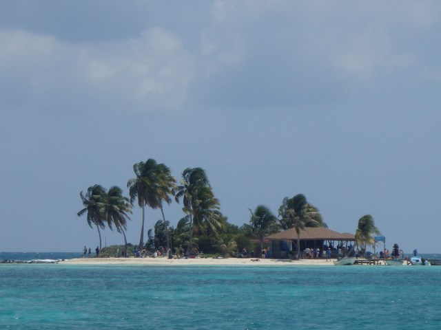 Goff's Caye, Belize