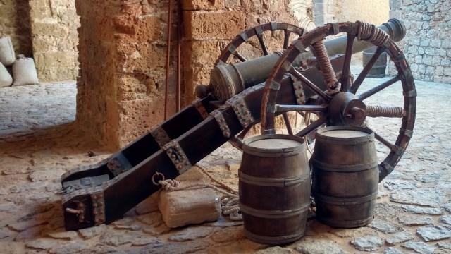 Ibiza Dalt Vila Cannon
